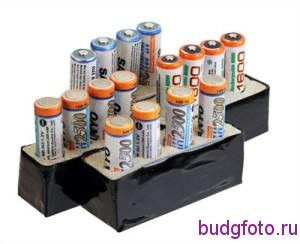 Четыре кассеты с аккумуляторами