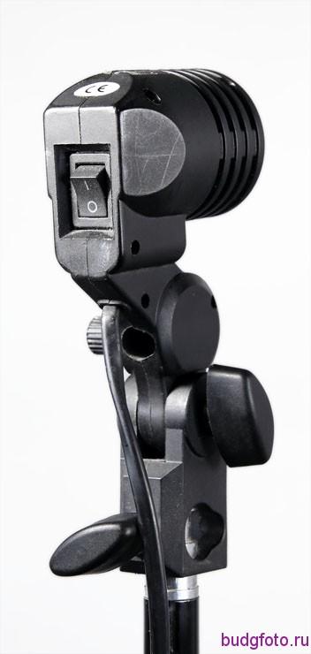 Штативная головка с патроном для лампы вид сзади.